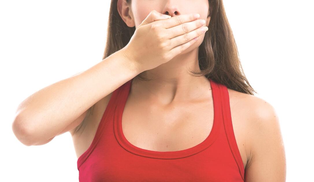 A rossz lehelet egyik oka: a mandulakő - HáziPatika Meg lehet gyógyítani a rossz leheletet