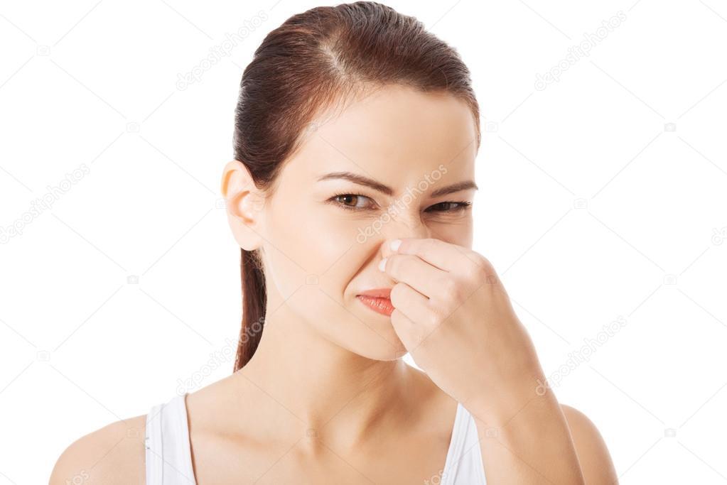 száj és orr szaga állatok és emberek parazitái