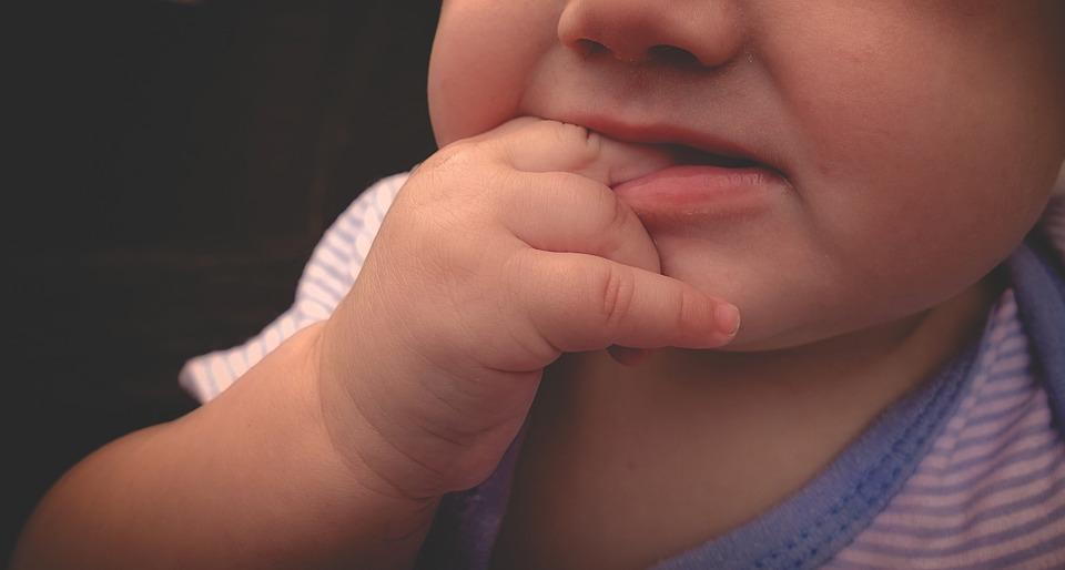 szájpenész kezelése csecsemőknél