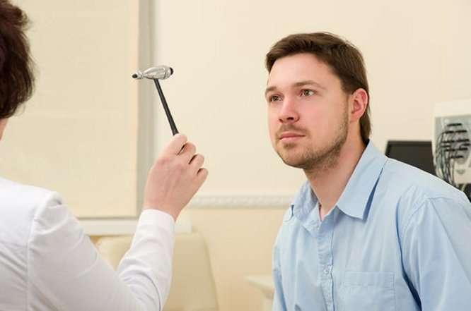 hogyan lehet gyógyítani a férgeket tartalmazó férgeket távolítsa el a ragasztó szagát a szájról