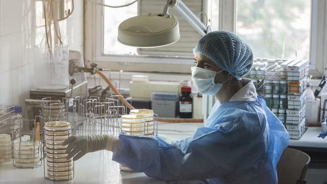 ornidazol giardiasis sémával féreg gyógyszer egy éves baba számára