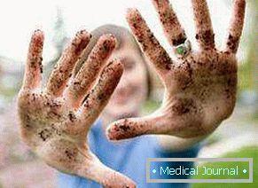 férgekkel végzett helmintikus terápia immunközvetített betegségek kezelésére
